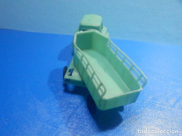 Figuras de Goma y PVC: Camión Plástico - Cabeza Tractora con remolque caja abierta - Ganado, Campo - Kiosko 60´s 70´s - Foto 4 - 280724528