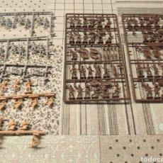 Figuras de Goma y PVC: COLADA COMPLETA ÁFRICA Y RESTOS DE COLADAS VARIAS MONTAPLEX. Lote 282553443