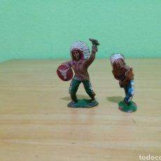 Figuras de Goma y PVC: 2 JEFES INDIOS DE LAFREDO. Lote 283968633