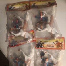 Figuras de Goma y PVC: 4 BOLSAS FIGURAS DEL OESTE TAMAÑO GRANDE VAQUEROS CABALLO BLANCO TIPO COMANSI. Lote 284026523
