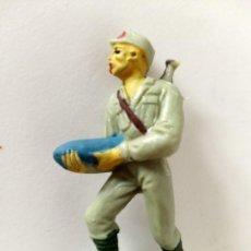 Figuras de Goma y PVC: FIGURA ARTILLERO SOLDADO JAPONÉS PECH. Lote 285337158