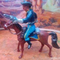 Figuras de Goma y PVC: SOLDADO Y CABALLO DE PECH. Lote 285750238