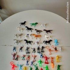 Figuras de Goma y PVC: GRAN LOTE DE FIGURAS PVC INDIOS Y VAQUEROS TIPO COMANSI. Lote 286928553
