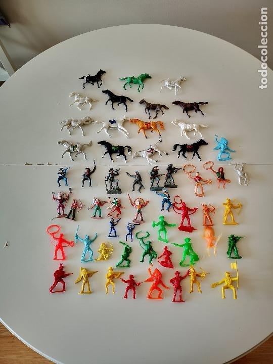 Figuras de Goma y PVC: GRAN LOTE DE FIGURAS PVC INDIOS Y VAQUEROS TIPO COMANSI - Foto 2 - 286928553