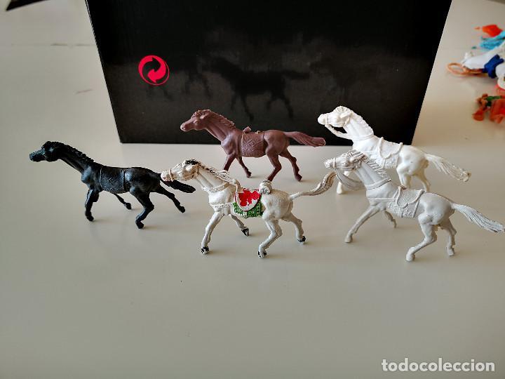 Figuras de Goma y PVC: GRAN LOTE DE FIGURAS PVC INDIOS Y VAQUEROS TIPO COMANSI - Foto 23 - 286928553