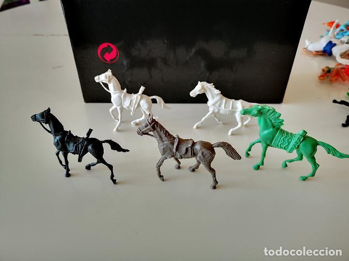 Figuras de Goma y PVC: GRAN LOTE DE FIGURAS PVC INDIOS Y VAQUEROS TIPO COMANSI - Foto 25 - 286928553