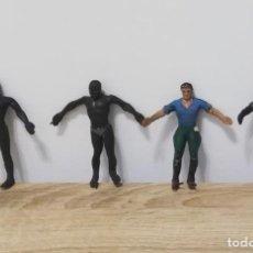 Figuras de Goma y PVC: 4 FIGURAS DE ARCLA, ASKARI, EXPLORADOR O CAZADOR NEGRO, SERIE TARZAN, REALIZADOS EN GOMA POR ARCLA,. Lote 287465908