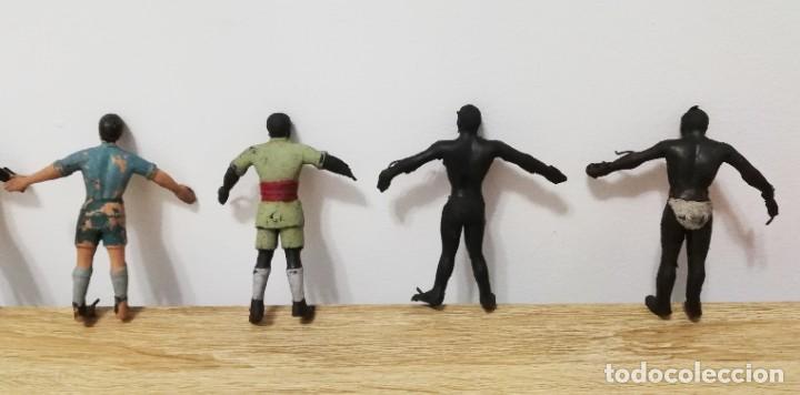 Figuras de Goma y PVC: 4 FIGURAS DE ARCLA, ASKARI, EXPLORADOR O CAZADOR NEGRO, SERIE TARZAN, REALIZADOS EN GOMA POR ARCLA, - Foto 2 - 287466423
