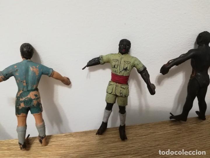 Figuras de Goma y PVC: 4 FIGURAS DE ARCLA, ASKARI, EXPLORADOR O CAZADOR NEGRO, SERIE TARZAN, REALIZADOS EN GOMA POR ARCLA, - Foto 3 - 287466423