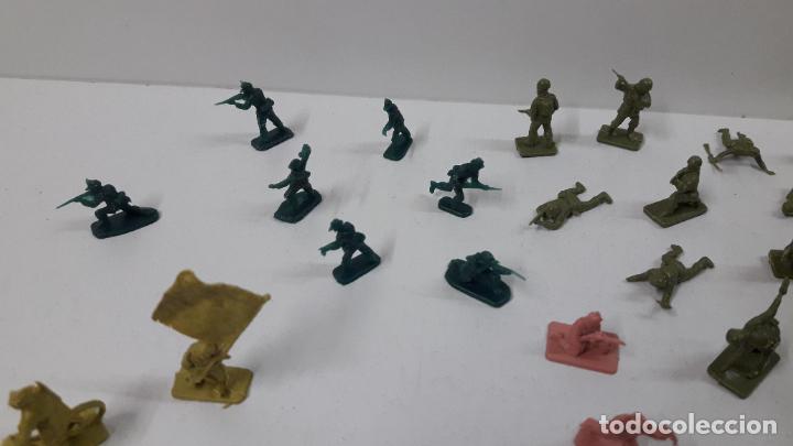 Figuras de Goma y PVC: EJERCITOS MONTAPLEX . YUGOSLAVOS - AMERICANOS - FRANCESES - CHINOS ...Y MAS . ORIGINAL AÑOS 70 / 80 - Foto 7 - 287663253