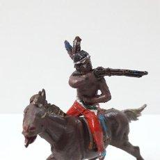 Figuras de Goma y PVC: GUERRERO INDIO A CABALLO . REALIZADO POR TEIXIDO . ORIGINAL AÑOS 50 EN GOMA. Lote 287743383
