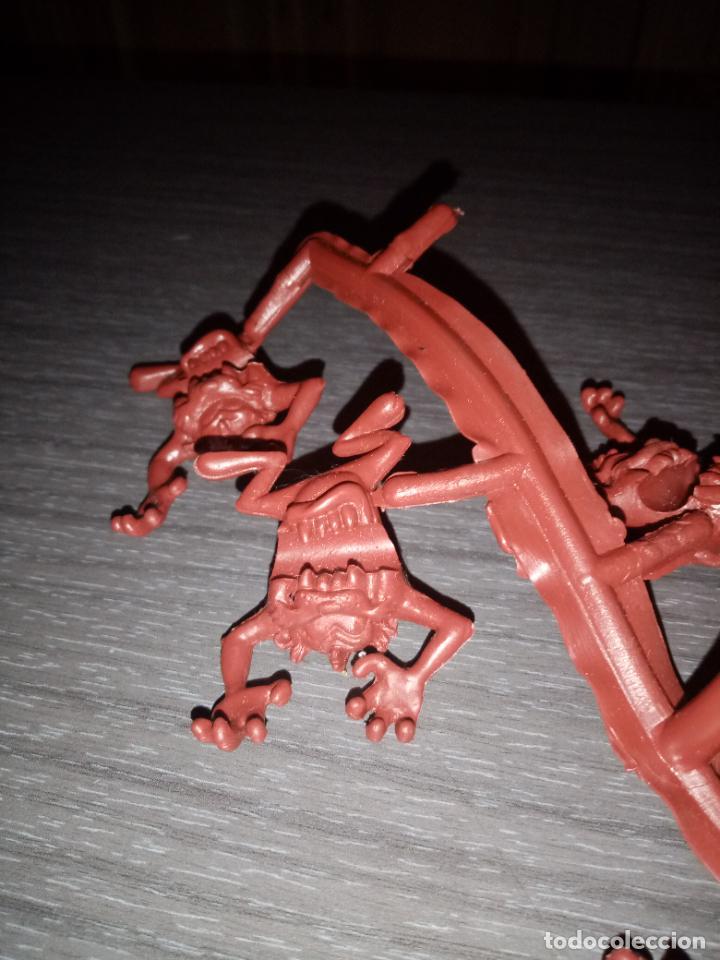 Figuras de Goma y PVC: Demonio de Tasmania tipo dunkin - Foto 2 - 287916323