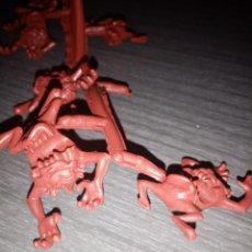 Figuras de Goma y PVC: DEMONIO DE TASMANIA TIPO DUNKIN. Lote 287916323