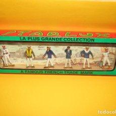Figuras de Goma y PVC: ANTIGUA CAJA SET COMPLETA Y A ESTRENAR ARMADA MARINA MARINEROS DE STARLUX - AÑO 1960-70S.. Lote 288039398