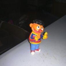 Figuras de Goma y PVC: BARRIO SESAMO FIGURA DE PVC YOLANDA EPI Y BLAS. Lote 288311278