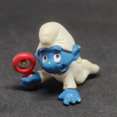 Figuras de Goma y PVC: PITUFO BEBE SONAJERO - SCHLEICH - PEYO -. Lote 288340118