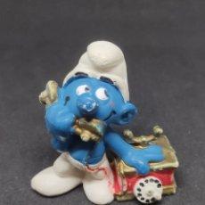 Figuras de Goma y PVC: PITUFO TELEFONO - SCHLEICH - PEYO 1980 -. Lote 288341413