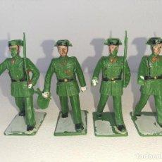 Figuras de Goma y PVC: REAMSA - GOMARSA : ANTIGUO LOTE DE 4 SOLDADOS DE PLASTICO DESFILE GUARDIA CIVIL AÑOS 70. Lote 288602888