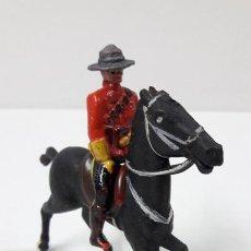Figuras de Goma y PVC: POLICIA MONTADA DEL CANADA A CABALLO . REALIZADO POR REAMSA . ORIGINAL AÑOS 50 EN GOMA. Lote 288632288
