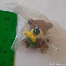 Figuras de Goma y PVC: ANIMAL HONEYZ DE GOMA PVC MINIATURA ANIMALITO MINI OSITO TEDDY BEAR OSO FIGURITA FLOR MARGARITA. Lote 288980818