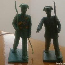 Figuras de Goma y PVC: LOTE DE 2 FIGURAS DESFILE SOLDADOS AGENTES GUARDIA CIVIL SOLDIS REAMSA GOMARSA AÑOS 70 80. Lote 289011563