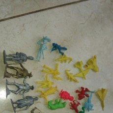 Figuras de Goma y PVC: LOTE FIGURAS DUNKIN ANIMALES MOSQUEPERROS AVIONES SHERLOCK HOLMES ... Lote 289402983
