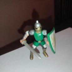 Figuras de Goma y PVC: FIGURA DE PVC GUERRERO MEDIEVAL. Lote 289626968