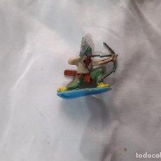 Figuras de Goma y PVC: FIGURA INDIO PVC ARQUERO PINTADO A MANO JECSAN COMANSI PEACH PIPERO. Lote 289627748
