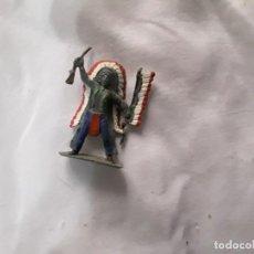Figuras de Goma y PVC: FIGURA INDIO PVC CON PENACHO Y LANZA PINTADO A MANO JECSAN COMANSI PEACH PIPERO. Lote 289628723