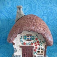 Figuras de Goma y PVC: ANTIGUA CASA PITUFOS, PEYO SCHLEICH. Lote 292292973