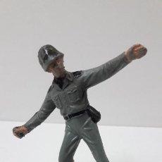 Figuras de Goma y PVC: FIGURA REALIZADA POR LAFREDO . SERIE HAZAÑAS BELICAS . ORIGINAL AÑOS 60 . ALTURA 8,7 CM. Lote 292304328