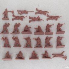 Figuras de Goma y PVC: SOLDADOS DE PLÁSTICO MONTAPLEX NORUEGA WW2. Lote 293586858
