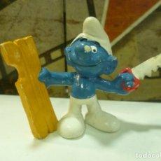 Figuras de Goma y PVC: PITUFO CARPINTERO. Lote 293799313