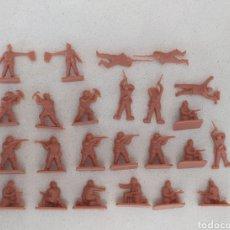 Figuras de Goma y PVC: SOLDADITOS DE PLÁSTICO MONTAPLEX NORUEGA DE SOBRE SORPRESA. Lote 293868543