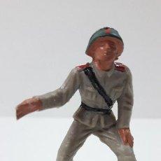 Figuras de Goma y PVC: ARTILLERO RUSO . REALIZADO POR PECH . ORIGINAL AÑOS 60. Lote 293897158