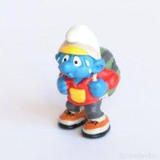 Figuras de Goma y PVC: FIGURA PITUFO EXCURSIONISTA . SCHLEICH . PEYO 2000. Lote 293969038