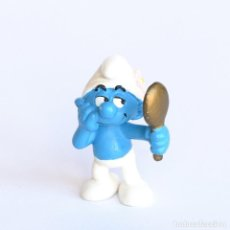 Figuras de Goma y PVC: FIGURA PITUFO PRESUMIDO (BEAUTY) CON ESPEJO. SCHLEICH- PEYO, 2004. Lote 293971318