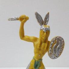 Figuras de Goma y PVC: GUERRERO INDIO CON PUÑAL Y ESCUDO . ORIGINAL AÑOS 60 . ALTURA 10 CM. Lote 295390023