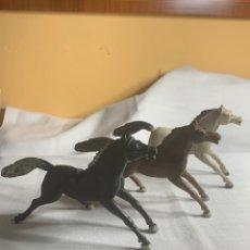 Figuras de Goma y PVC: LOTE 3 CABALLOS DE GOMA SOTORRES AÑOS 50. Lote 295500158