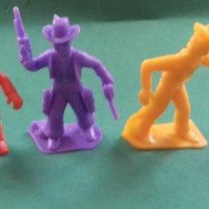 Figuras de Goma y PVC: FIGURAS Y SOLDADITOS DE DIFERENTES CTMS -15982. Lote 295592398