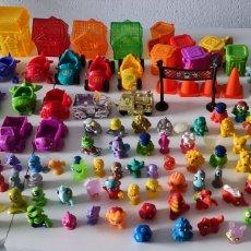 Figuras de Goma y PVC: GRAN LOTE DE 204 FIGURAS ZOMLINGS. PRIMERAS SERIES. Lote 295856253