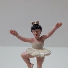 Figuras de Goma y PVC: BAILARINA DE BALLET . REALIZADA POR M. SOTORRES . ORIGINAL AÑOS 60 EN BAQUELITA. Lote 295937628
