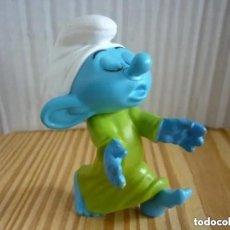Figuras de Goma y PVC: FIGURA PITUFO SONÁMBULO - MCDONALDS 2012. Lote 296817768