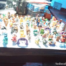 Figuras Kinder: LOTE DE UNOS 80 MUÑECOS PEQUEÑOS, KINDER, MPG, WARNER BROS, ETC. USADOS.. Lote 95900611