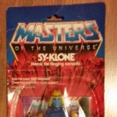 Figuras Masters del Universo: SY- KLONE EN BLISTER CERRADO MASTERS DEL UNIVERSO. Lote 131005892
