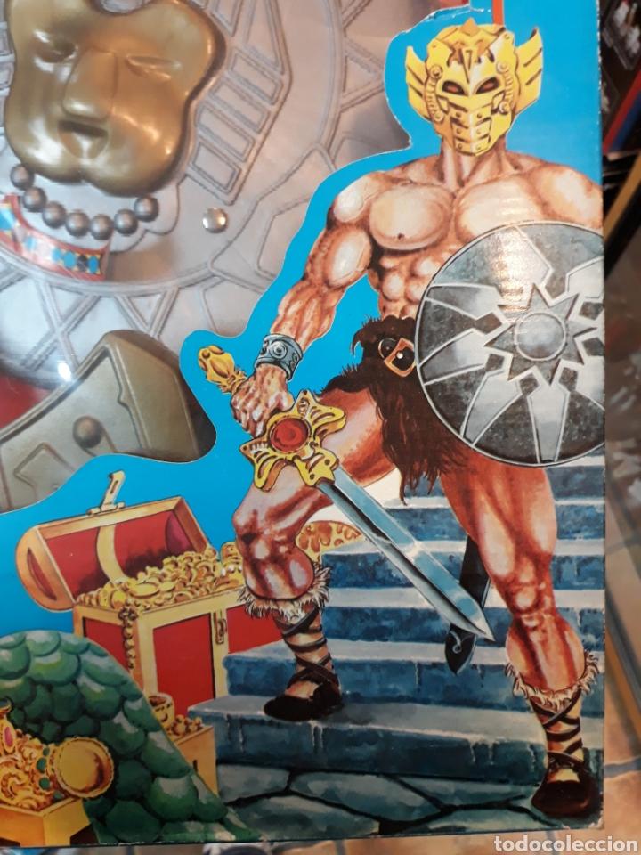 Figuras Masters del Universo: Disfraz con hacha escudo y máscara MÁSTERS DEL UNIVERSO bootleg - Foto 2 - 119284019