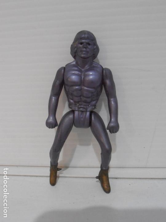 BOOTLEG HEMAN MORADO PLASTICO FINO MASTERS DE UNIVERSO HE-MAN MOTU (Juguetes - Figuras de Acción - Master del Universo)