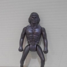 Figuras Masters del Universo: BOOTLEG HEMAN MORADO PLASTICO FINO MASTERS DE UNIVERSO HE-MAN MOTU. Lote 164608810