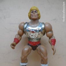 Figuras Masters del Universo: MOTU HE-MAN PUÑO BOLEADOR (FLYING FISTS) 1985 MATTEL . Lote 171248288