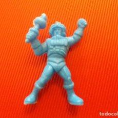 Figuras Masters del Universo: FIGURA DUNKIN HE MAN MASTERS DEL UNIVERSO MATTEL 1985 MAN AT ARMS COLOR AZUL. LEER. Lote 176446807